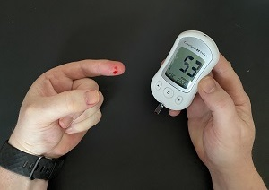 Talking glucose monitor in action
